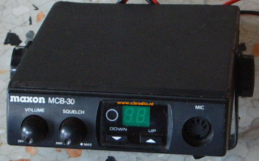 www.cbradio.nl: Pictures and Specifications Maxon MCB-30 AM CB-Radio